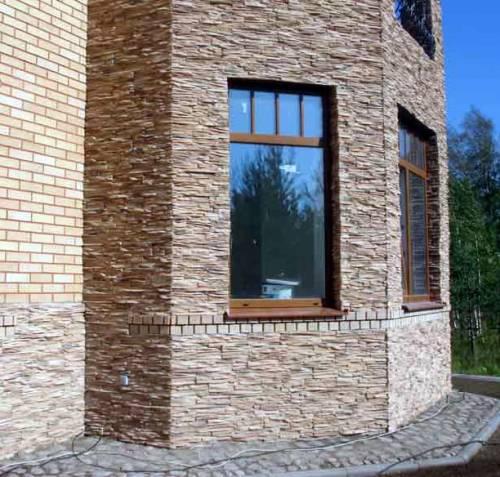 Облицовка фасада деревянного дома