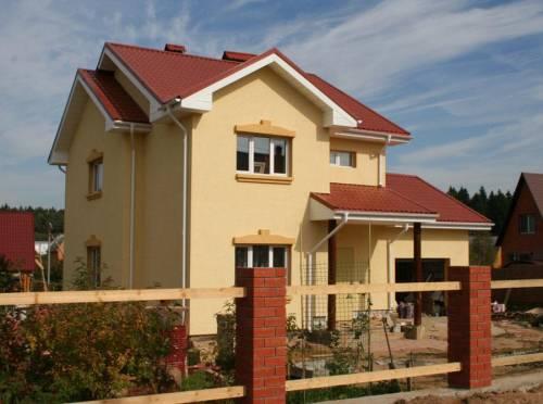 Утепление фасада дома пенопластом.