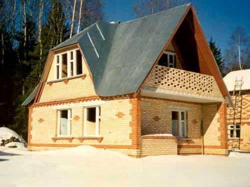 Фасады домов из кирпича фото